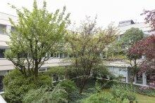 Facade IPAG et jardin